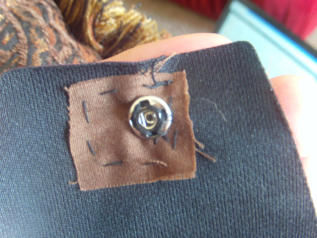 Carefully sew this snap to the lid of your bag, just like the previous one