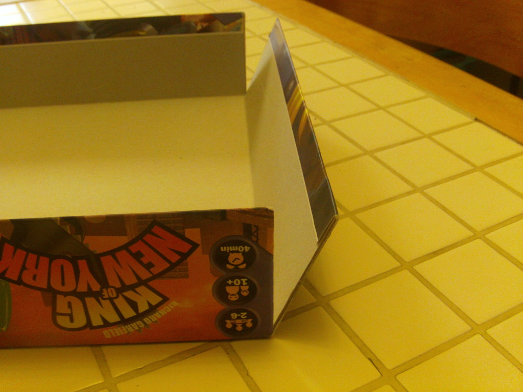 As you can see here, the lid of the box for King of New York tore completely along the corners